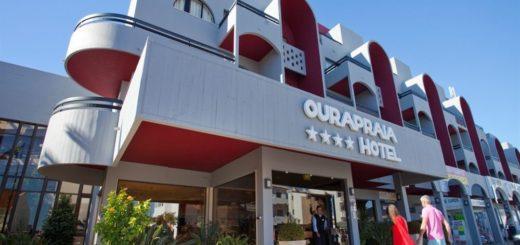 Oura Praia Hotel main lobby