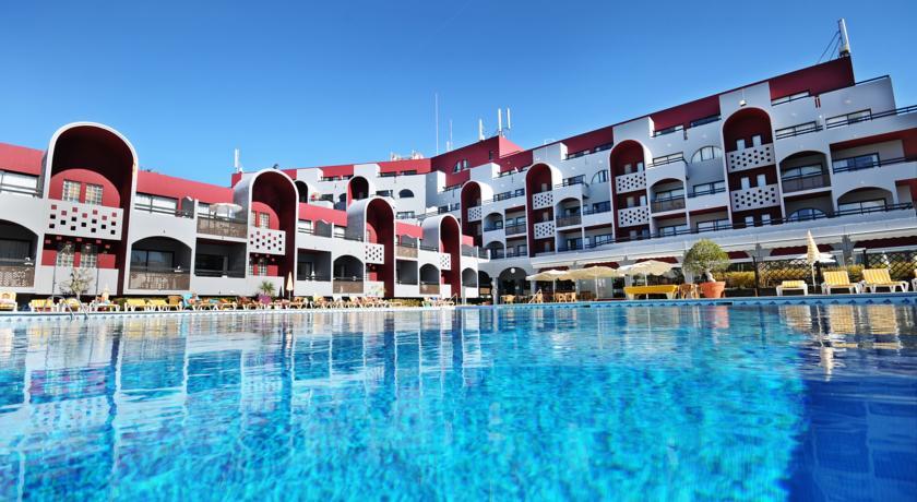 Oura Praia Hotel main pool