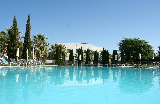 Hotel Porta Nova Pool