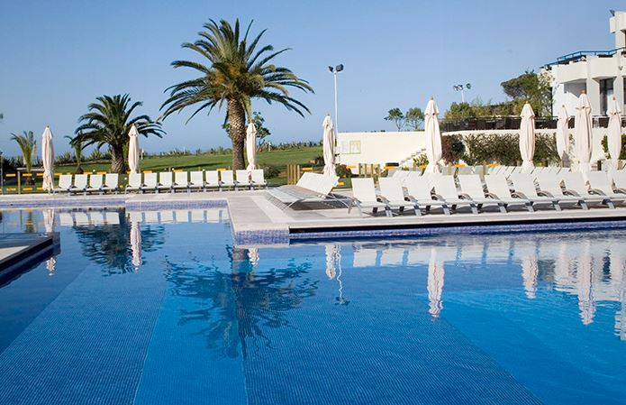 Outdoor pool of Club Med Balaia