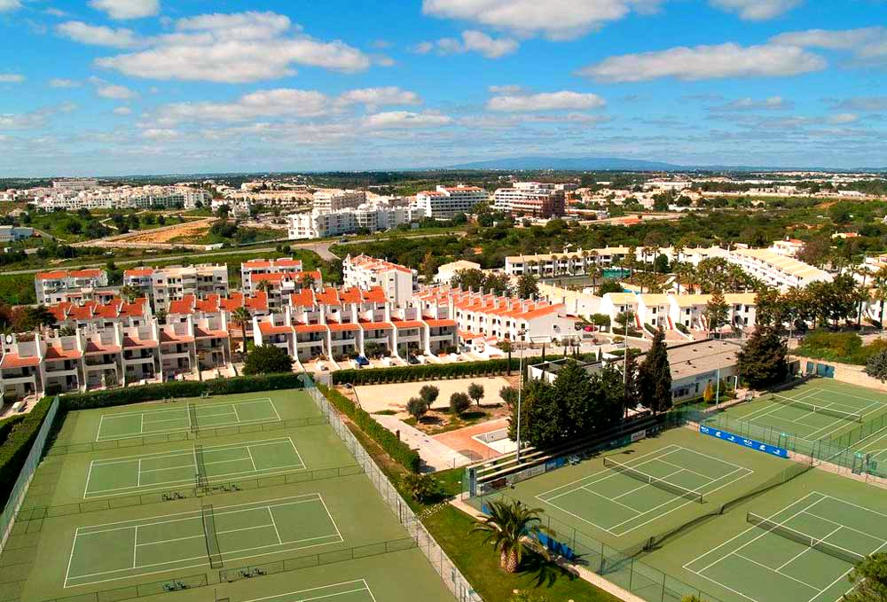Tennis courts of the Hotel