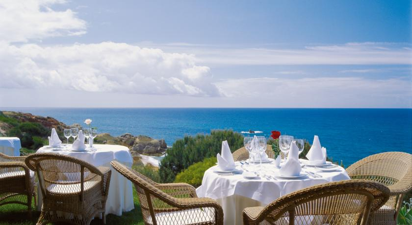 Vila Joya Restaurant Terrace