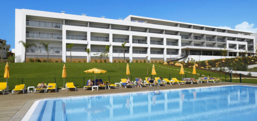 Luna Alvor Village main pool