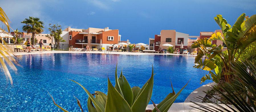 Vitor's Village Pool