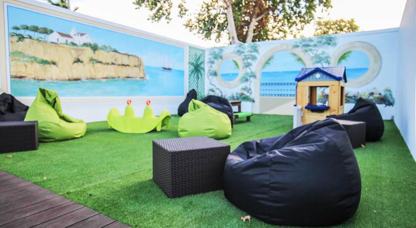 Hotel Apartamentos Lagoa Playground
