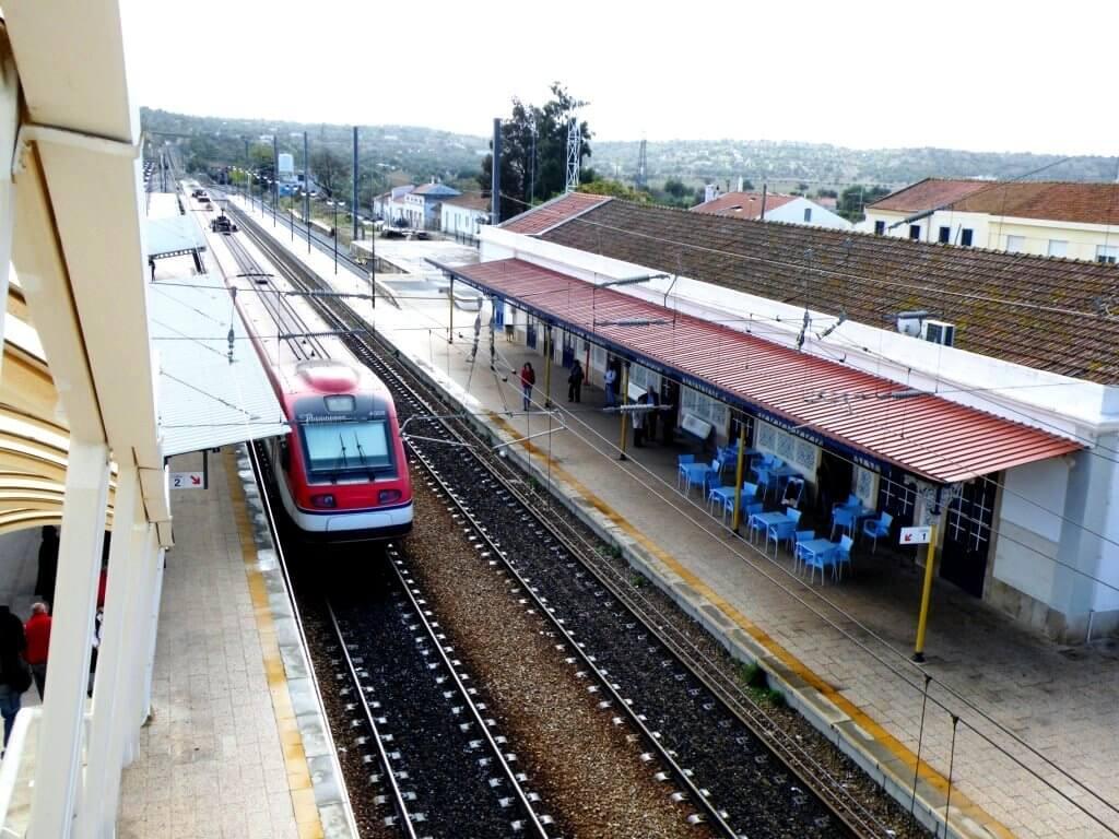 Tunes Train Station