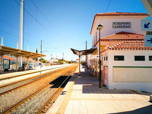 Transfers from/to Albufeira Train Station